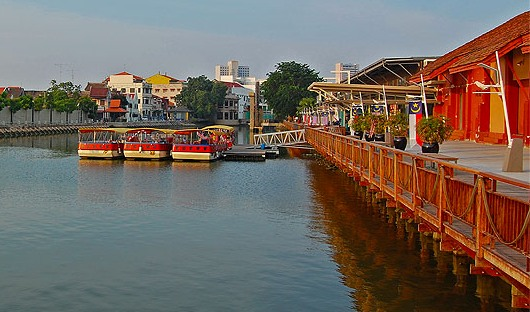 Malacca River Cruise - Melaka Tourist Attractions