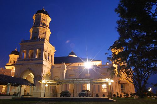 Sultan Abu Bakar Mosque - Johor Attraction